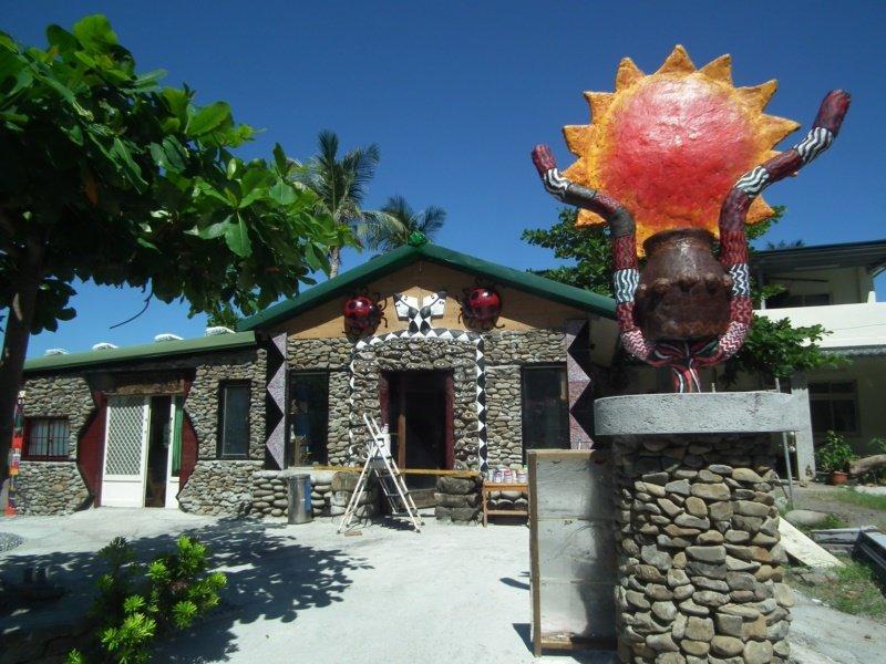 南田書屋由村民自建,外觀設計別具特色。 圖/尤聰光 攝影