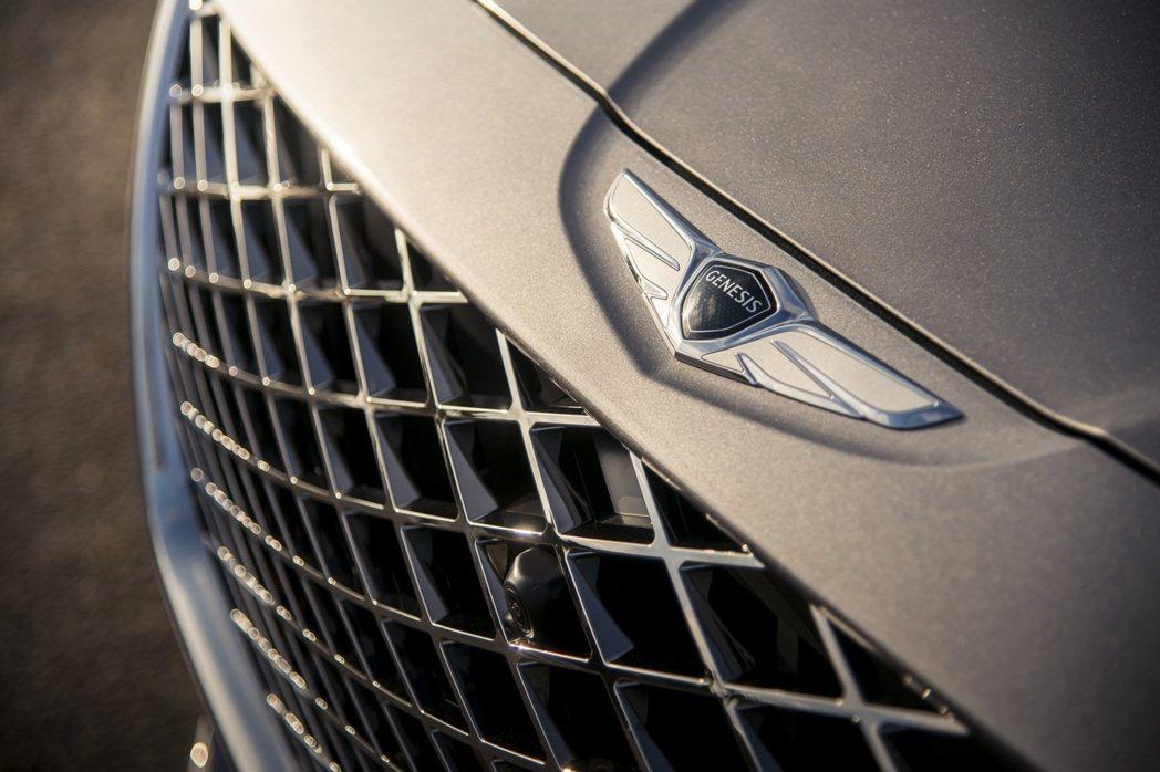 Genesis廠徽造型融入了整體新車設計。 摘自Genesis