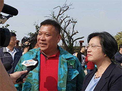 台灣當代藝術家洪易在故鄉彰化成立「洪易美術館」,彰化縣長王惠美表示,將會作為彰化...