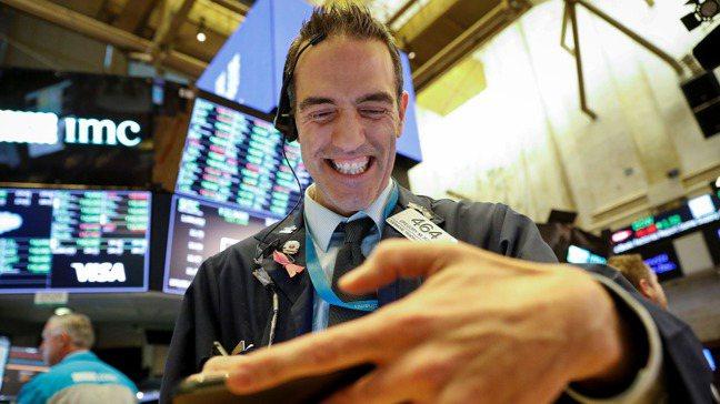 市場劇烈震盪,但至少還能有序運作。 路透