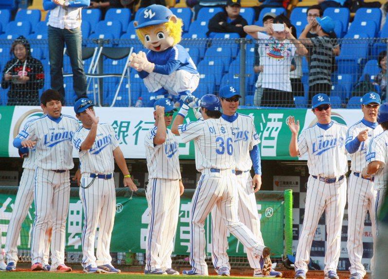 在沖繩春訓的三星獅隊及LG雙子隊,目前就因疫情間接遇上無直飛班機回南韓的難題。 聯合報系資料照