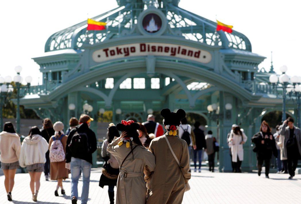 日本東京迪士尼自2月29日至3月15日暫時休園。 (路透)