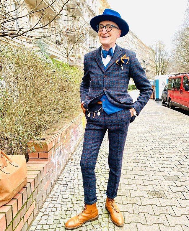 意外走紅的Günther Krabbenhöft,曾被德國與時尚雜誌評選為「最潮...