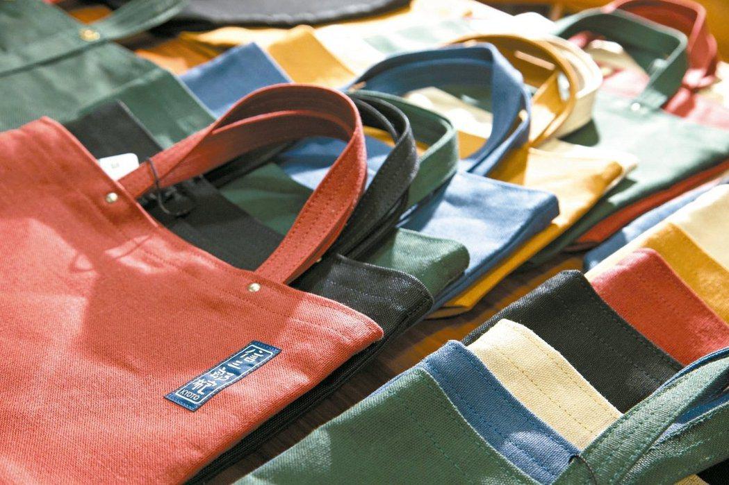 「一澤帆布」職人手藝、在地製作、在地販售、只有京都本店,別無分號與經銷。 圖/陳...