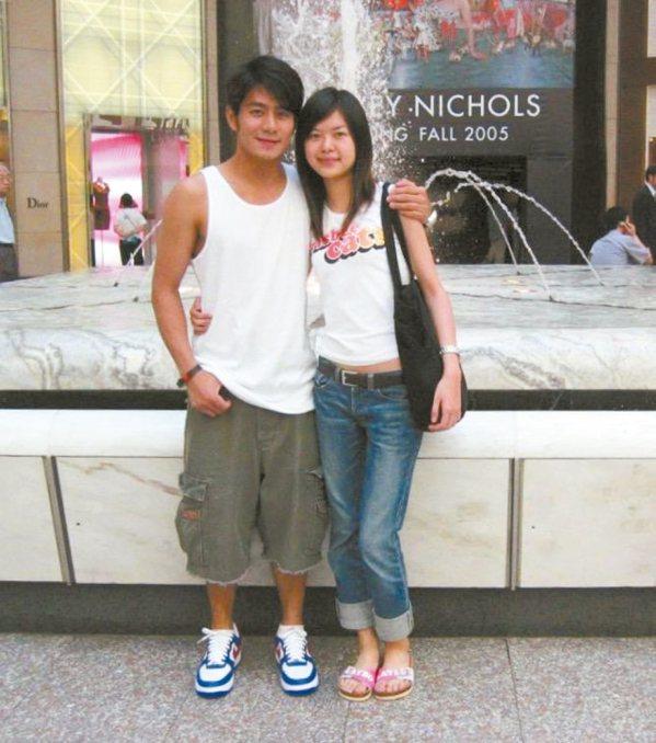 郭彥均(左)和老婆當年大學時期交往時青澀的模樣。 圖╱郭彥均提供
