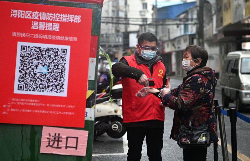 加州男子稱在美國比在中國更擔心染疫。圖/世界日報提供