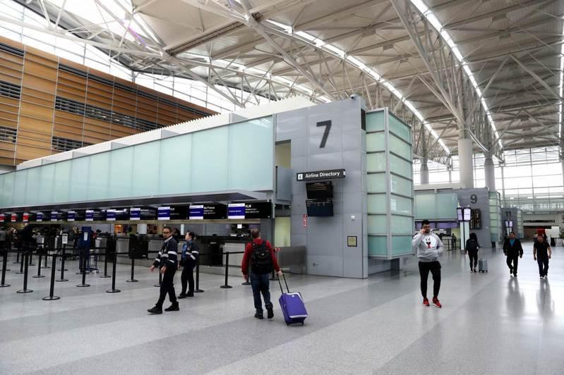 新冠肺炎疫情衝擊全球旅遊業,聯合國世界觀光組織今天表示,預料今年國際遊客人數將急遽減少,減幅最高達3%。 法新社