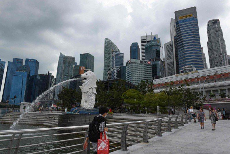 新加坡23日新增新冠肺炎確診病例54例,再創單日最多紀錄。  法新社