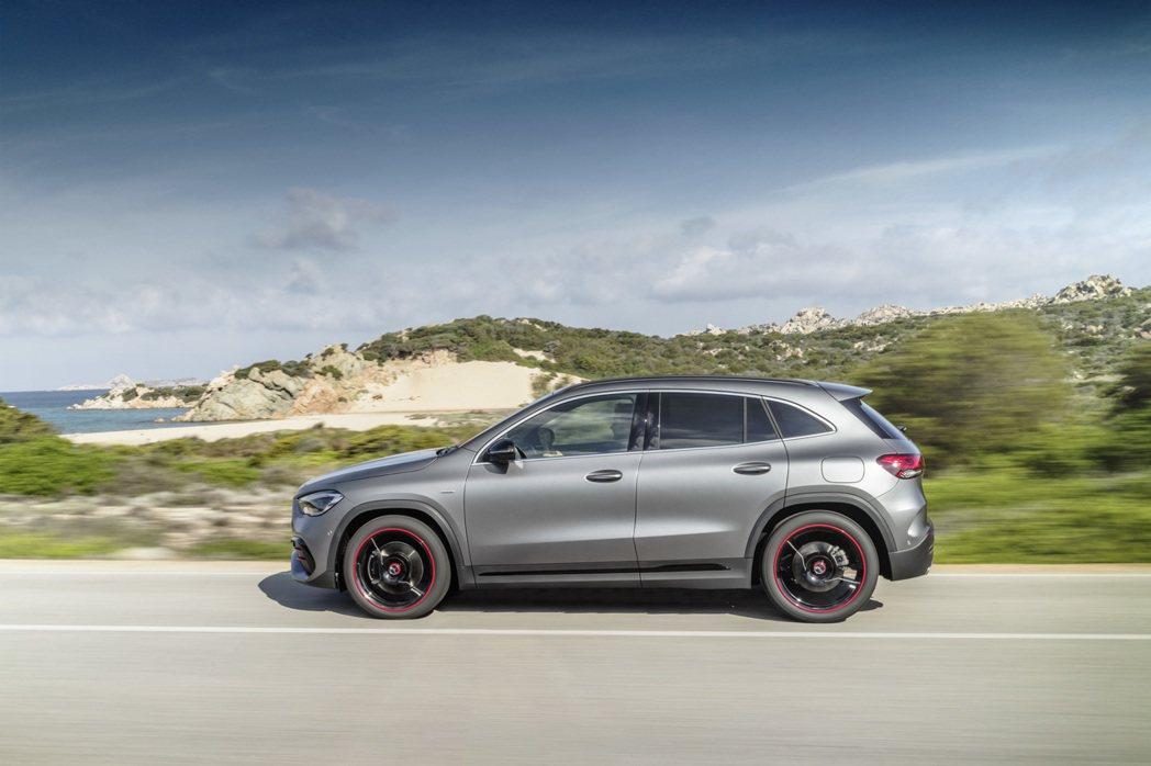 第二代Mercedes-Benz GLA今夏起正式於英國上市。 摘自Merced...