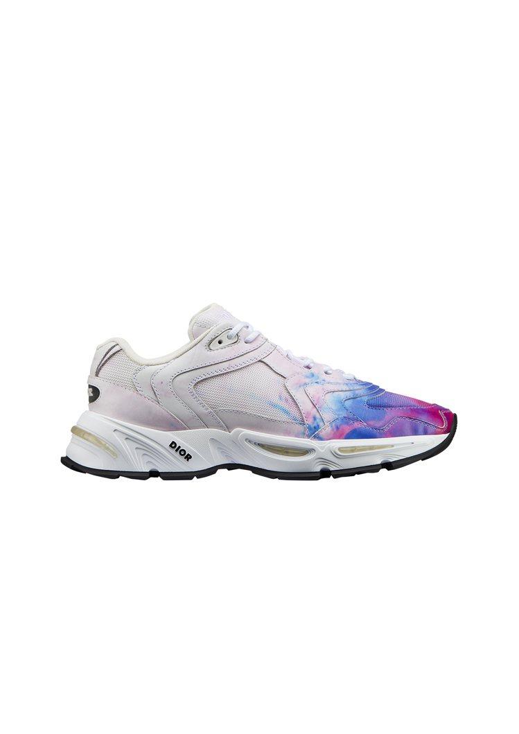 CD1 白粉藍漸層網孔休閒鞋,售價40,000元。圖/DIOR提供