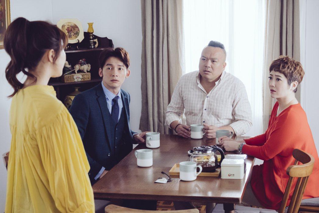 溫昇豪(左起)在戲中看到明金成、劉曉憶護女心切,身為人父的他特別有感。圖/歐銻銻...