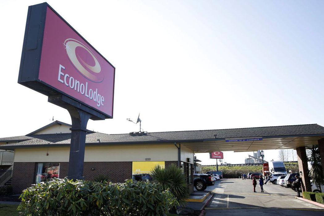 華盛頓州金恩郡日前宣布買下伊康諾旅店(Econo Lodge)來隔離新冠肺炎病患...