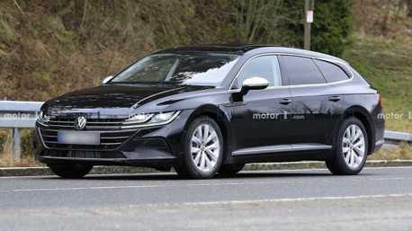 全新Volkswagen Arteon Wagon旅行車款 輕偽裝測試首次露面!