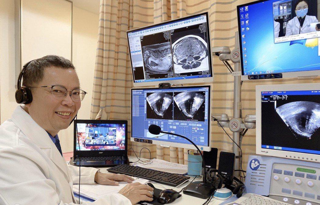 高雄醫學大學婦產科教授鄭丞傑於國際婦女節與全球40家醫院連線,進行無刀口手術。 ...