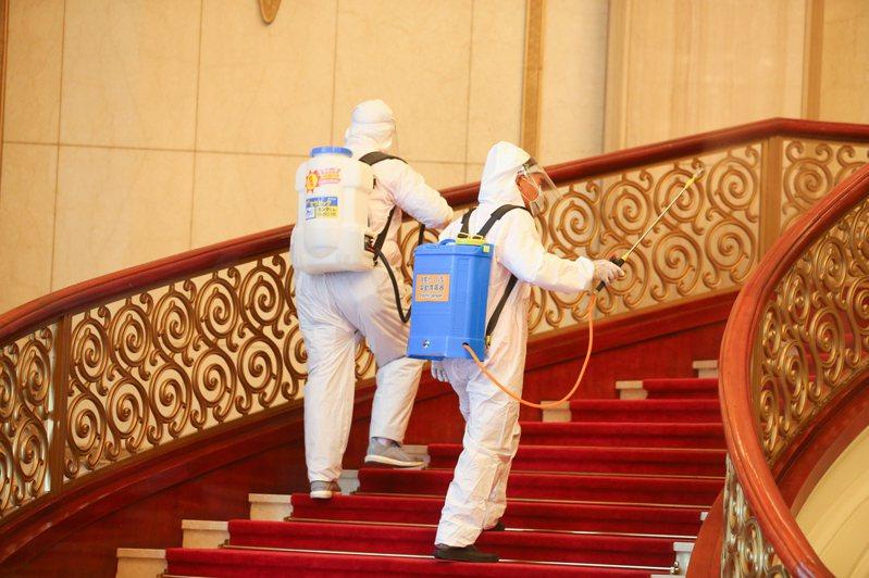 來台表演澳籍音樂家確診,兩廳院進行消毒作業。本報資料照片