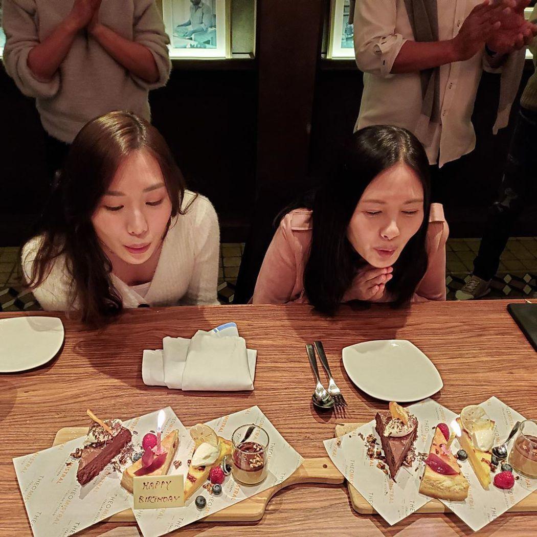李麗珍與女兒合照像姊妹。 圖/擷自IG