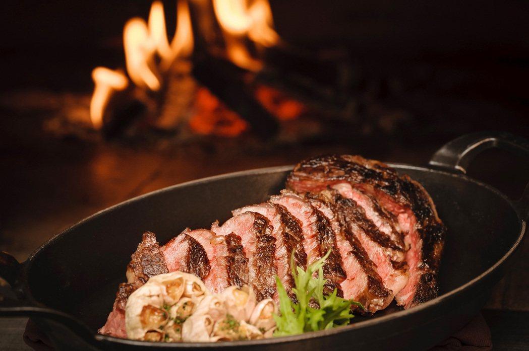 住房一晚,送等值米其林推薦餐廳N°168 PRIME牛排館雙人套餐。業者/提供