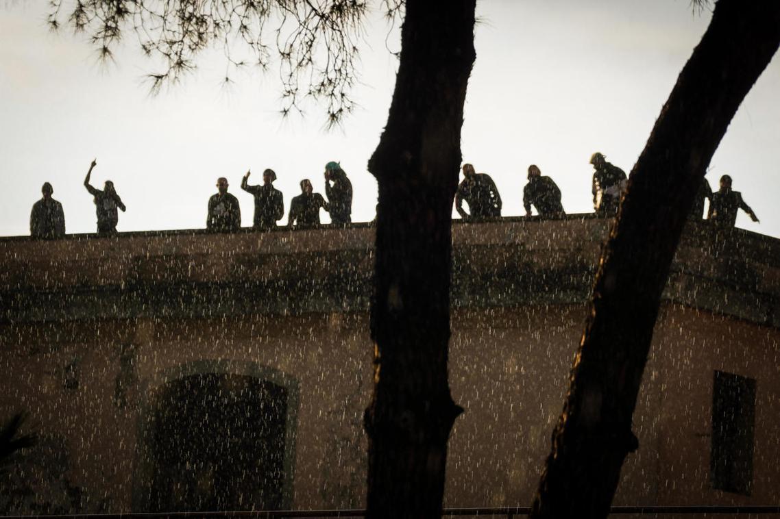 拿坡里的監獄暴動。 圖/歐新社