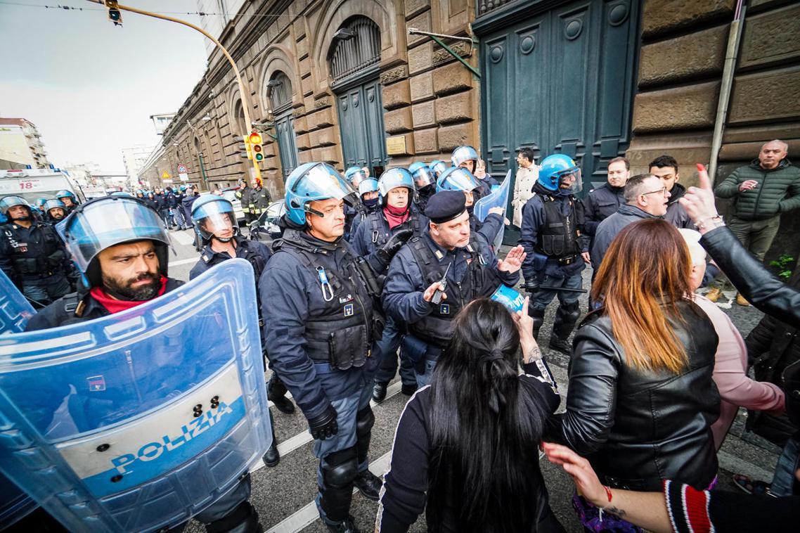 義大利北起倫巴底、南至西西里,全國各地的監獄不斷傳出因「疫情恐慌」而起的受刑人暴...