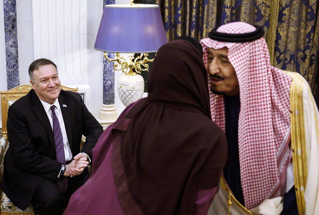 2月20日,美國國務卿龐佩奧與沙烏地阿拉伯國王薩爾曼(King Salman)在...
