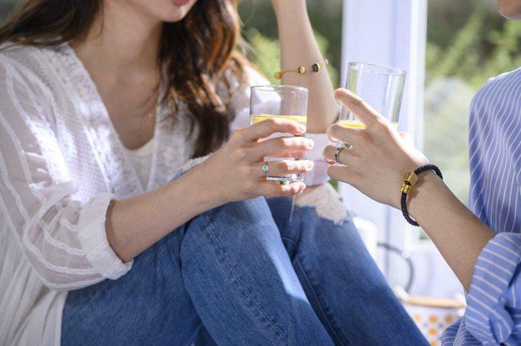 點睛品Charme系列手環適合風格男士日常配搭,展現率性時尚。圖/點睛品提供