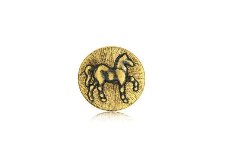點睛品Charme「酷黑系列」足金豐饒串飾背面,10,300元。圖/點睛品提供