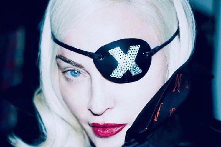 新冠肺炎疫情不斷蔓延,美國流行歌手瑪丹娜(Madonna)和搖滾樂團「珍珠果醬合唱團」(Pearl Jam)今天相繼宣布取消演唱會。由於擔憂新冠肺炎疫情擴散,法國當局禁止舉辦1000人以上的大型集會...