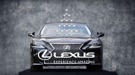 影/不只飆車還會演戲?豐田社長親自重現Lexus LS香檳杯塔廣告!