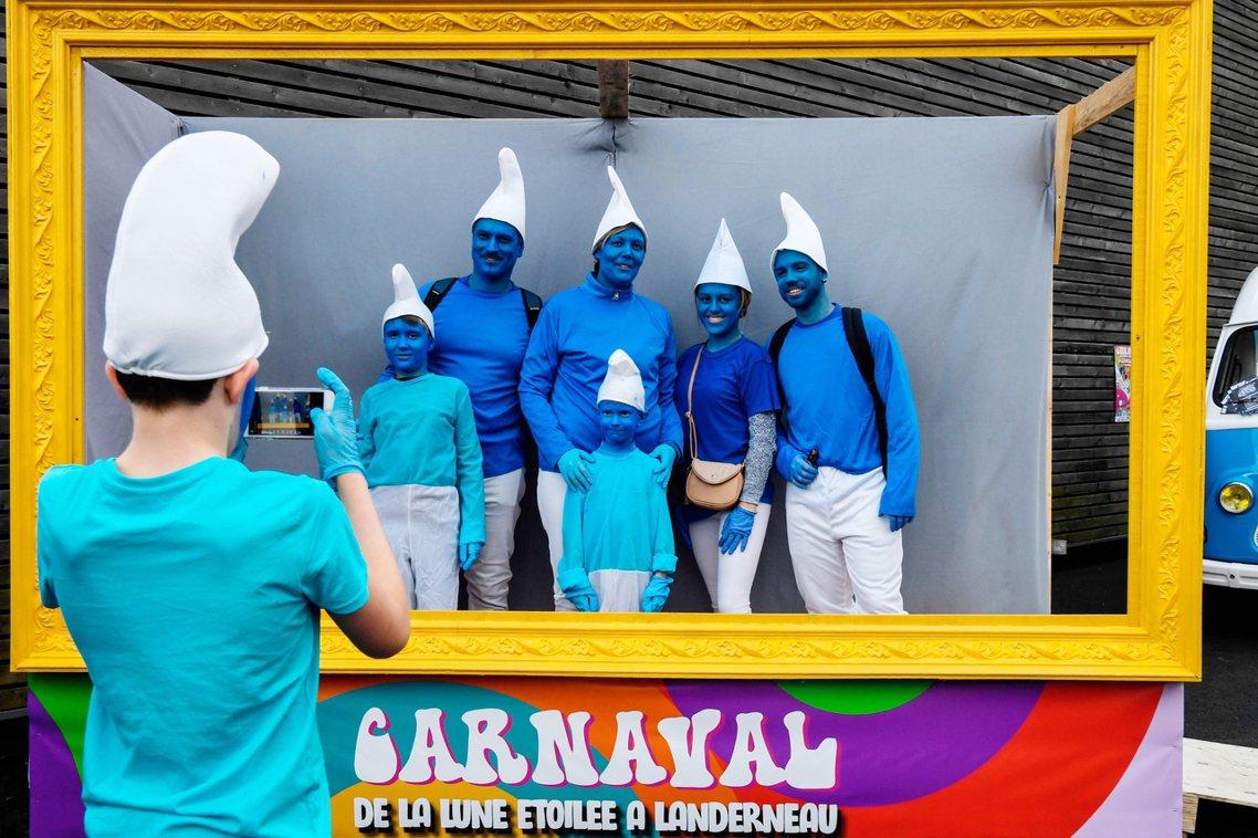今年度在法國舉行的聚會,總共有3,549名藍色小精靈共襄盛舉,超越去年在德國的2...