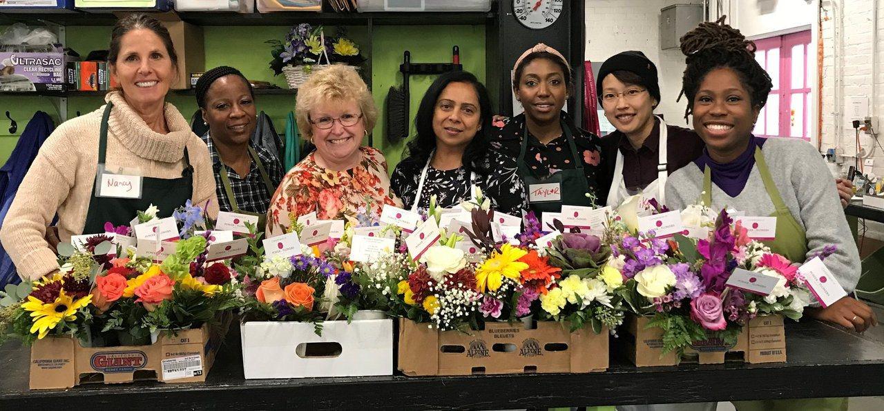「回收鮮花」服務,將花卉重新整理、送出,讓花朵充分發揮美好價值。 圖/Power...