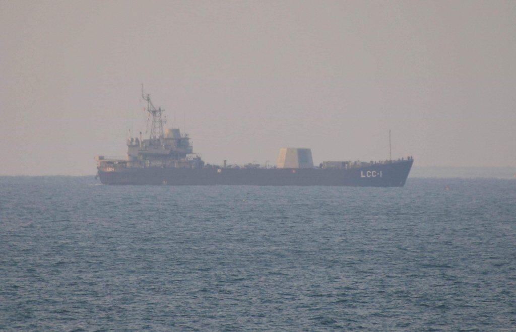「高雄」號登陸艦(LCC-1)日前完成由Mk 41垂直發射系統發射海弓三飛彈測試。 圖/讀者提供