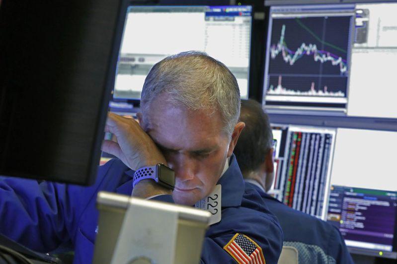 國際油價暴跌引發全球股市狂跌,交易員面臨職涯首見慘況不忍卒睹。美聯社