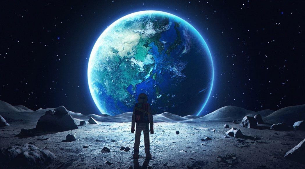 徐漢強與阿根廷動畫導演馬可洛可可合作的最新VR作品「星際大騙局 之 登月計畫」。
