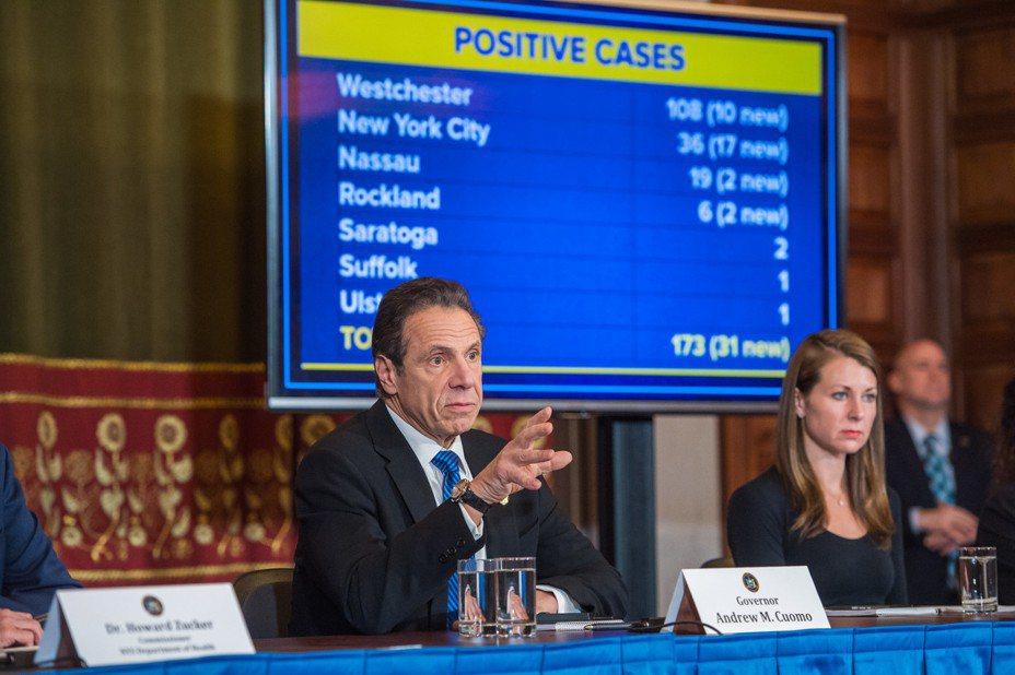紐約州長:出門不戴口罩 就是不尊重抗疫英雄