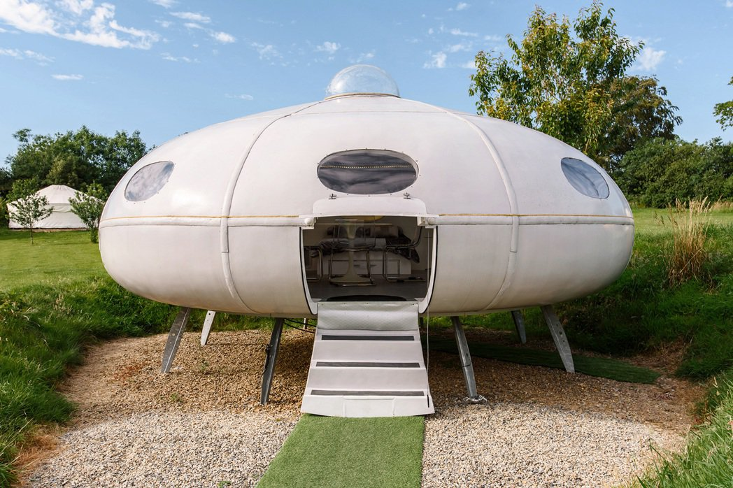 英國Redberth,未來科幻風飛碟屋。 Airbnb /提供