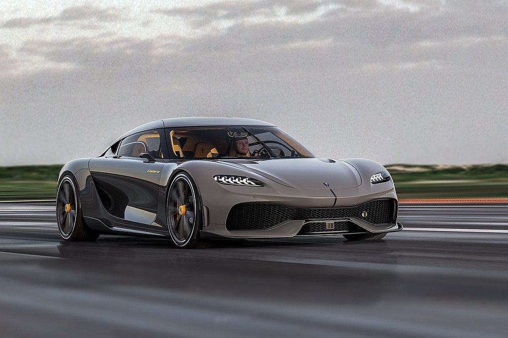 動力得益於1700hp與357.1kgm的綜效動力輸出,使Koenigsegg ...