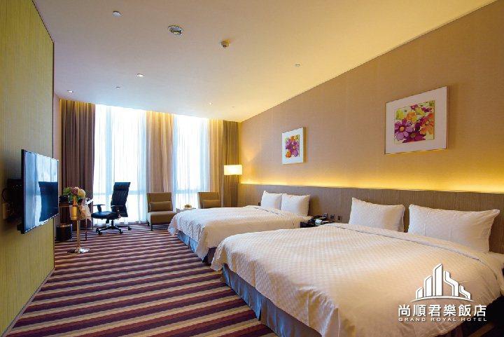四星級尚順君樂飯店雙床房型客房,擁有14坪以上寬敞舒適空間。 尚順/提供
