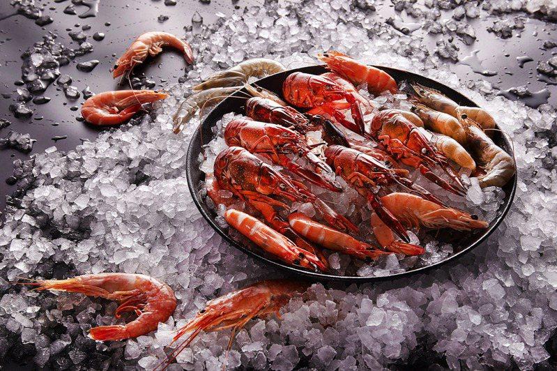 台北國泰萬怡酒店3月推出全新主題菜單「蝦饗宴」。圖/台北國泰萬怡酒店提供