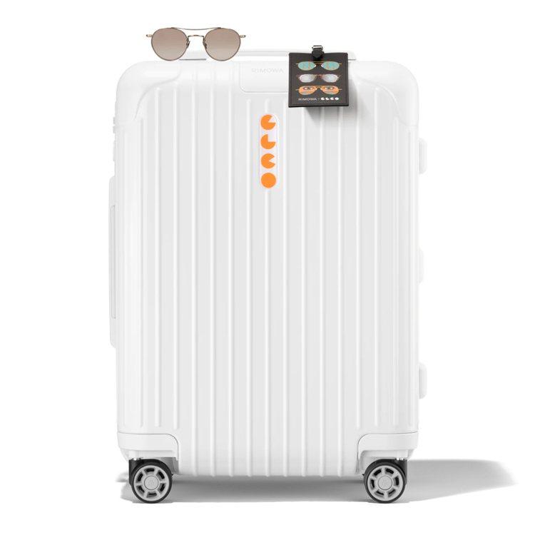 RIMOWA與獨立眼鏡品牌GLCO合作,打造限定版的白色亮面登機箱組合,約33,...