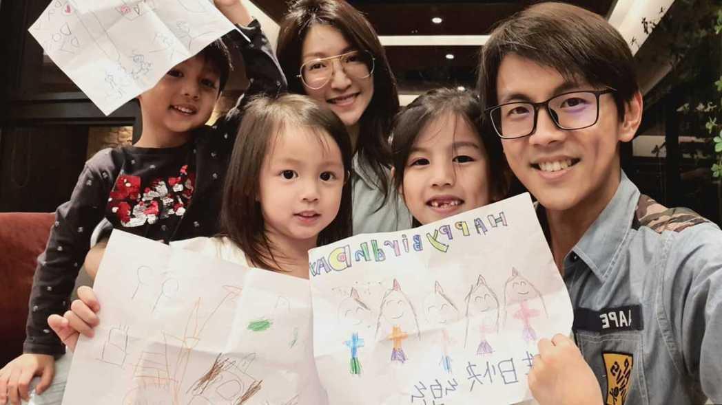 阿翔9號過39歲生日,老婆和子女為他慶生。圖/時代創藝提供