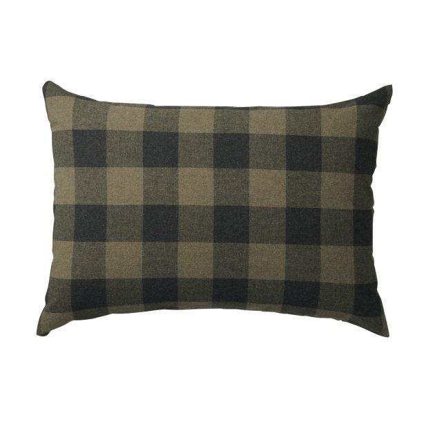 棉法蘭絨枕套價值360元,特價180元。圖/新光三越提供