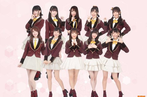 女團「AKB48 Team TP」成團1年半來,透過各種近距離活動一步一腳印集聚粉絲,並於去年底招募二期生。步入新階段的她們人氣越來越高,沒想到陸續傳出粉絲跟蹤的事件,讓成員不堪其擾,公司透過官方臉...