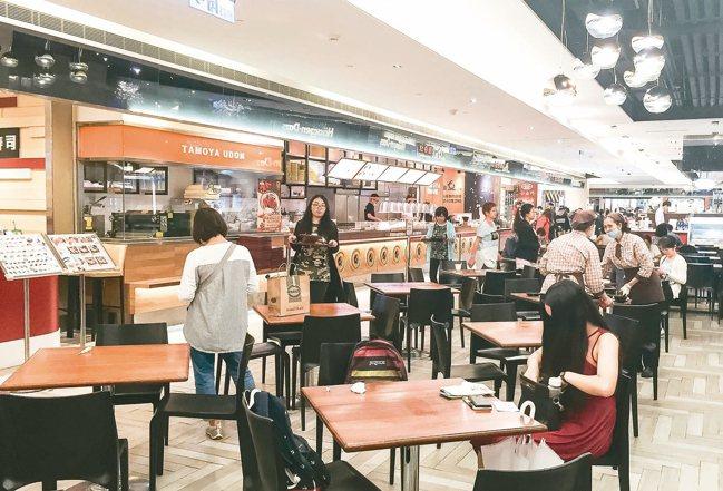 餐飲業是創業首選,萬一專業性不夠,很容易被淘汰。 本報資料照片