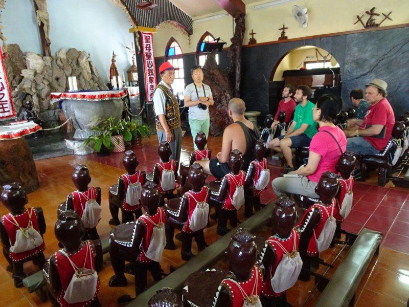 圖為霧台鄉神山部落的耶穌聖心堂,教堂裡的魯凱人形座椅是最亮點。 圖/本報資料照片