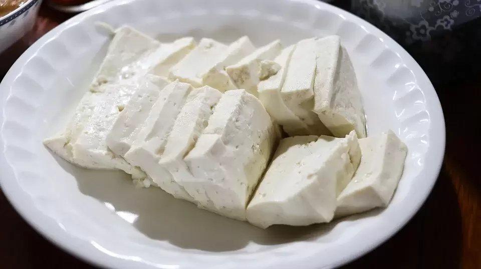異黃酮素來源包括黃豆、毛豆、黑豆等及黃豆類製品。 圖/pixabay