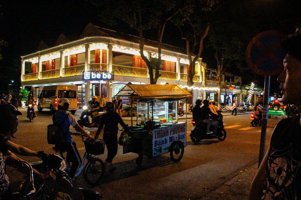 越南當地街景。 圖/Shix Yen提供