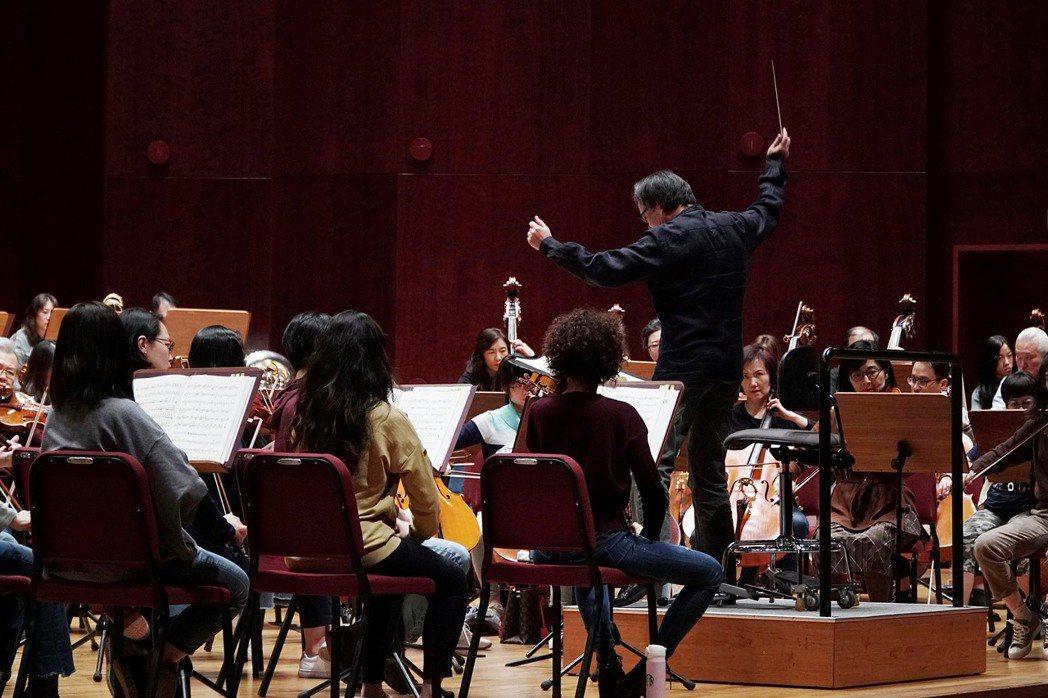 肺炎疫情重創全球表演藝術產業。NSO合作的澳籍音樂家確診後,兩廳院也決定延期或取消近期節目。 圖/取自NSO國家交響樂團