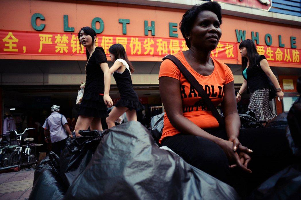 隨著中國式天下的浮出,中國之外的國家也如社會進化論一般,有高低階序的差異。圖為廣...
