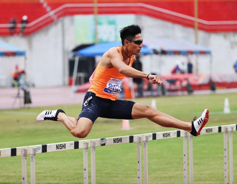 亞錦賽確定取消,跨欄好手陳傑無法透過這比賽爭取奧運門票了。 圖/中華民國田徑協會提供