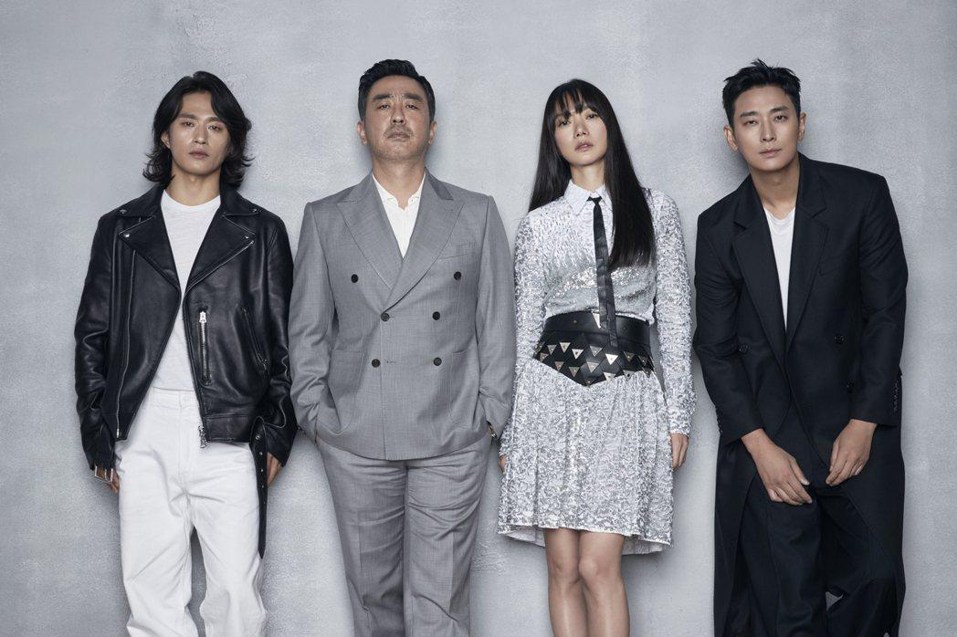 「李屍朝鮮」第二季將於13日上線,左起為金聖圭、柳承龍、裴斗娜和朱智勛。圖/Ne
